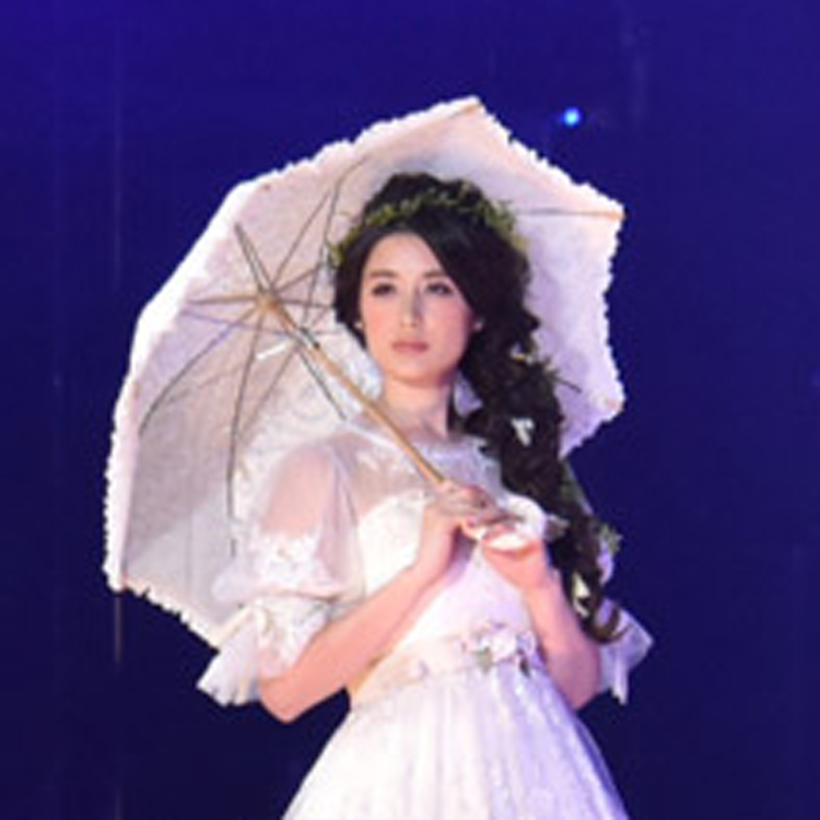 SAPPORO COLLECTION 2016<br>Bridal house BiBi Special Stage<br>REVIEW